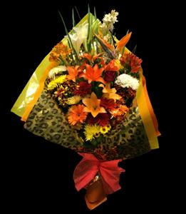 cod 220 - Ramo multicolor grande con liliums, gerberas, margaritas, pumitas, iris, astromelias y verdes a tono