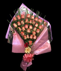 cod 118 - Florero con 30 rosas importadas rosadas