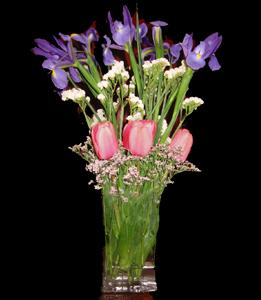 cod 309 - Florero de vidrio con tulipanes, iris y statis