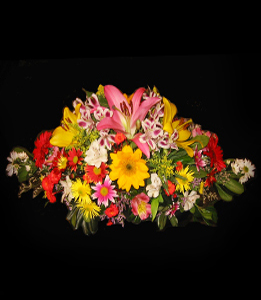 cod 315 - Arreglo con gerbera, astromelias, gerberas y flores multicolores